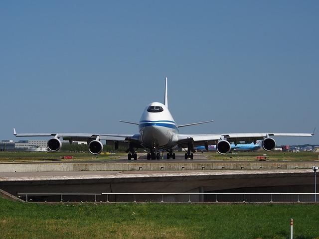 boeing-747-884420_640
