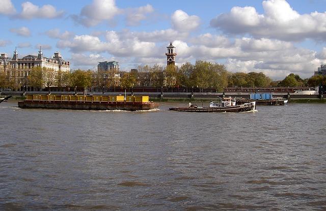 river-thames-346582_640